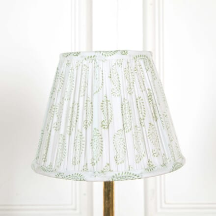 25cm White and Green Lampshade LS668504