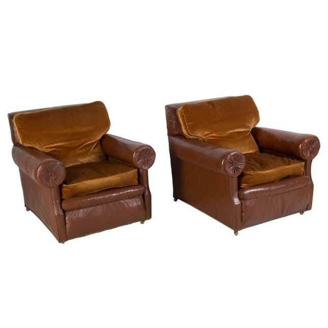 Pair of English Brown Leather Club Chairs CH058889
