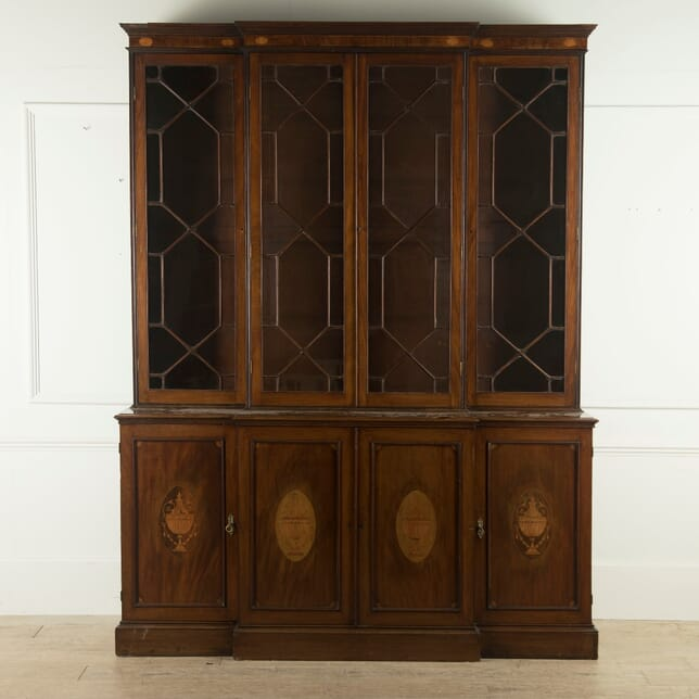 English 19th Century Mahogany and Inlaid Breakfront Library Bookcase BK889703