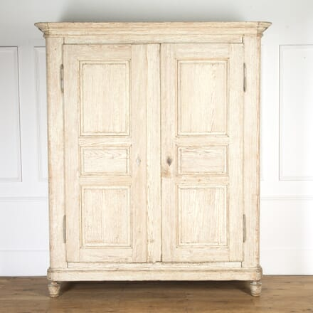 18th Century French Armoire CU9016989