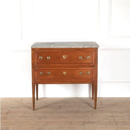 18th Century French Walnut Commode CC5211445