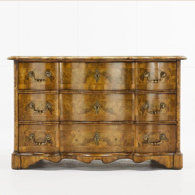 18th Century Inlaid Walnut Commode CC068929