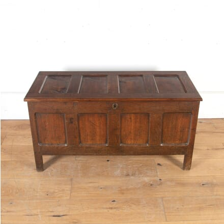 18th Century Oak Coffer CB8013801