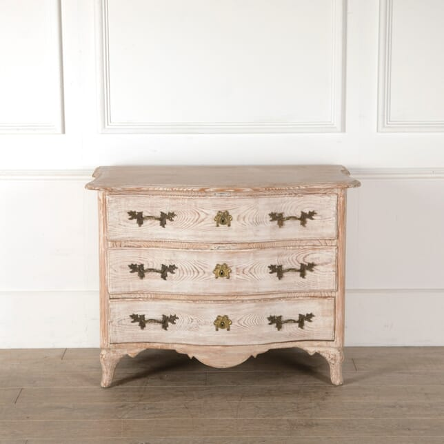 18th Century Swedish Pine Commode CC4410838