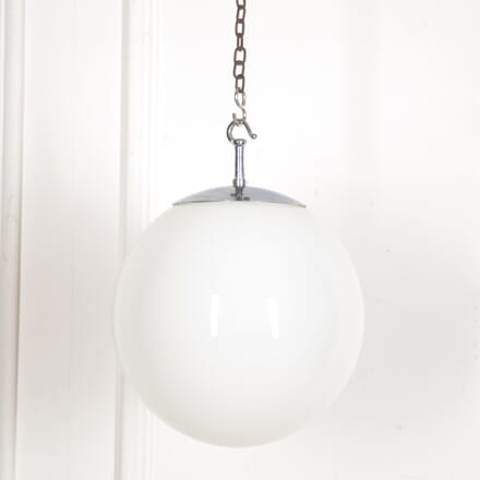 1940s Globe Pendant Light LL0515900