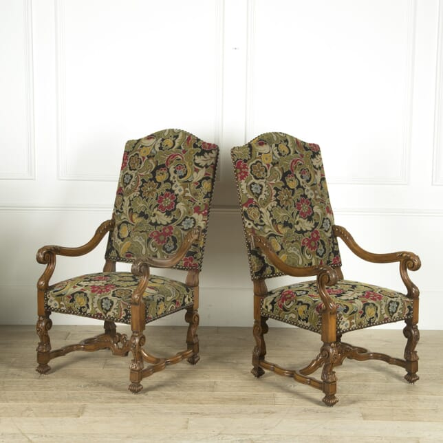 19th Century Pair of French Walnut Armchairs CH529798