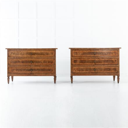 Pair of 18th Century Italian Walnut Commodes CC0613044