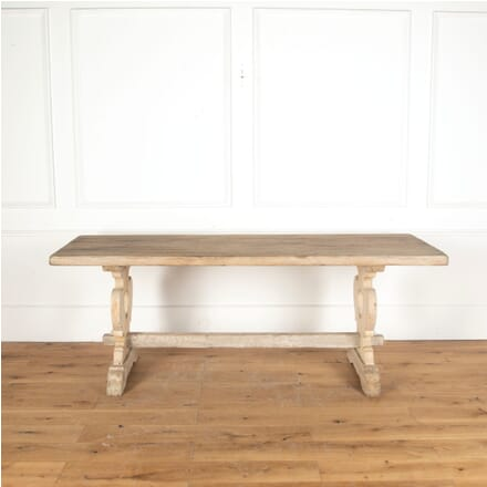 Italian Early 20th Century Bleached Oak Dining Table CD3713101