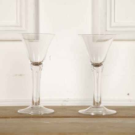 Pair of 19th Century Wine Glasses DA9012771