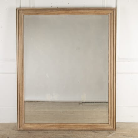 Walnut Mirror with a Bevelled Plate MI4813150