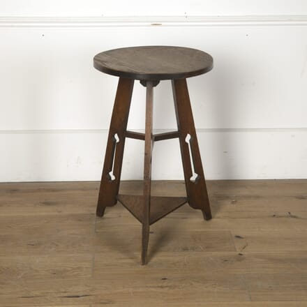 Arts and Crafts Oak Occasional Table TC7610603