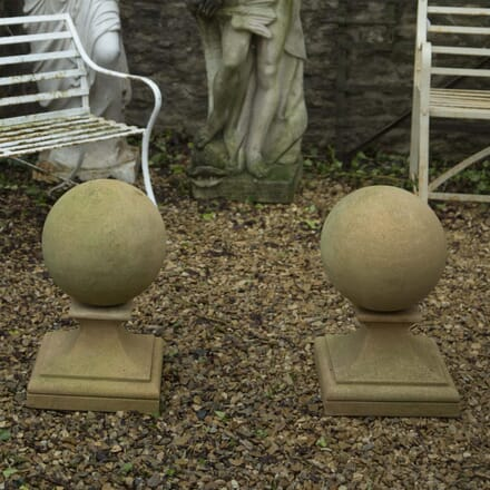 Bath Stone Ball Finials GA339192
