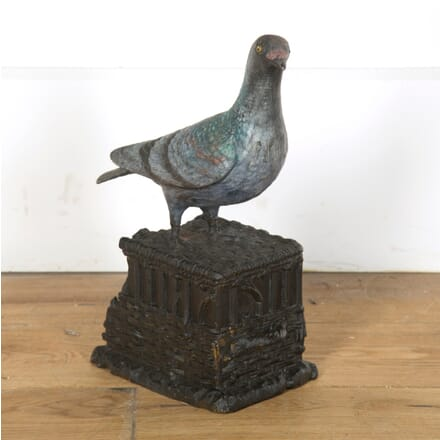 Cast Figure of a Racing Pigeon DA439844
