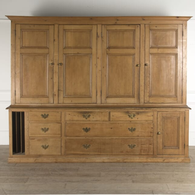 Country House Kitchen Cupboard BK0410348