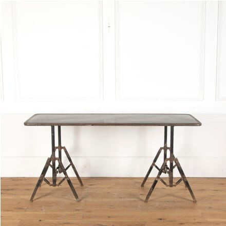 Industrial Style Metal Desk DA3512681