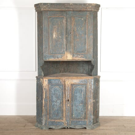 Early 19th Century Swedish Corner Cabinet CU6015010