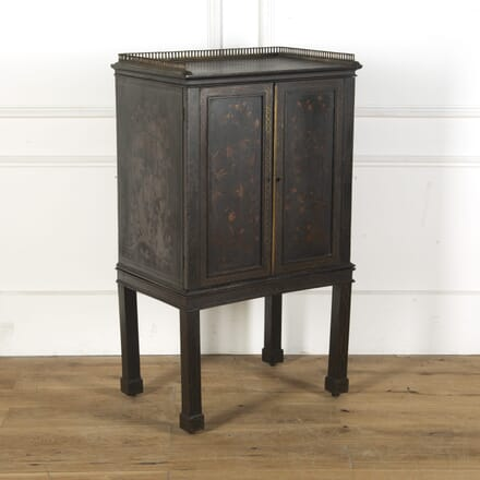 Early 19th Century Lacquered Cabinet on Stand CU1010489