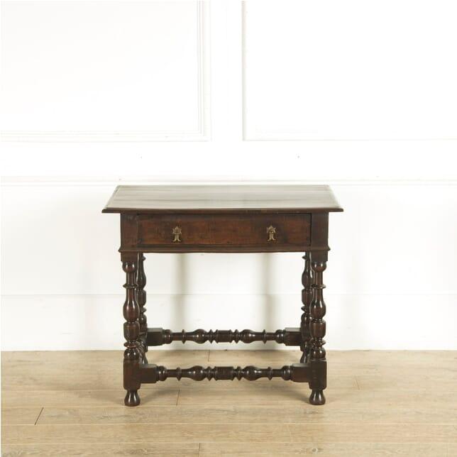 English Oak Side Table CO0410370