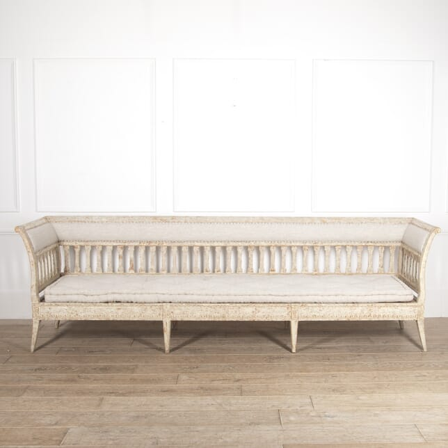 Long Gustavian Sofa SB6014675