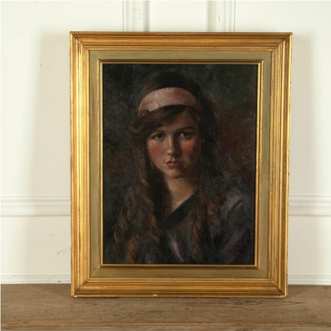 Portrait of a Girl WD9012235