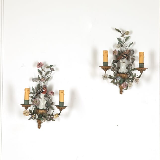 Pair of 1940s Italian Porcelain Bird Wall Sconces LW2812111