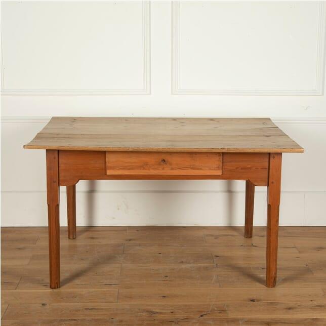 Farmhouse Table TD4012152