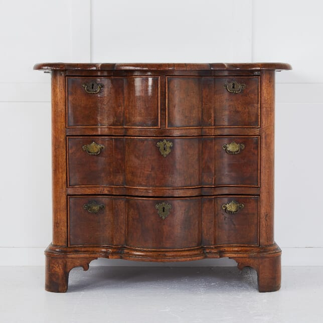 Late 19th Century Dutch Burr Walnut Serpentine Commode CC0110380