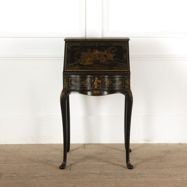 Late 19th Century English Lacquered Giltwood Desk with Chinoserie Decoration OF8811375