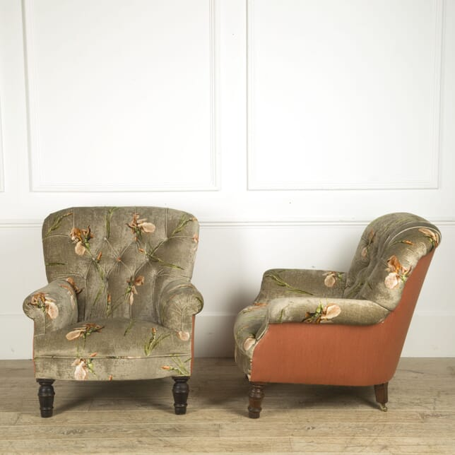 Late 19th Century Pair of Easy Chairs CH019386
