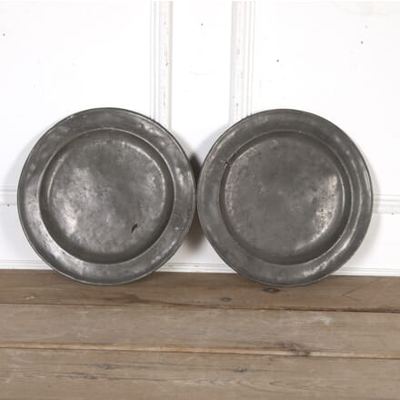 Large 18th Century American Pewter Chargers DA8016087