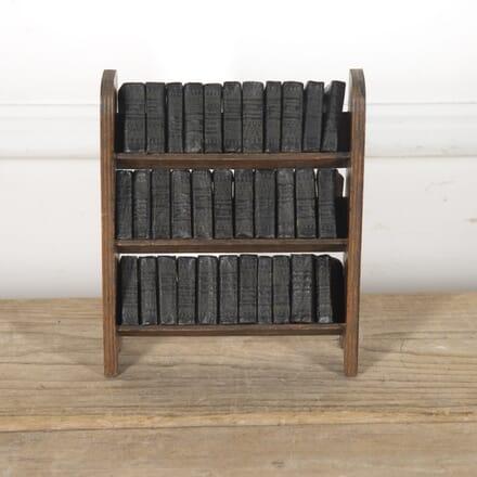 Miniature Bookcase with Shakespeare Books DA4815155