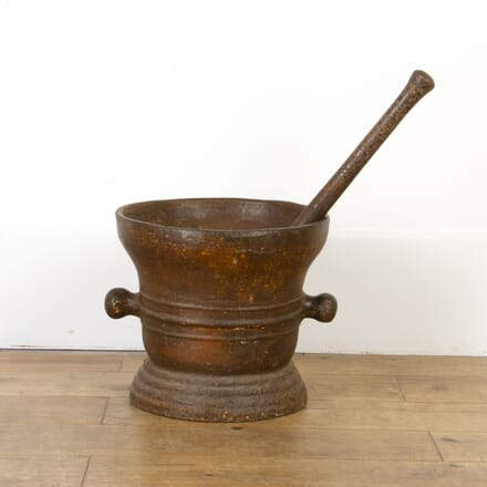Oversized Industrial Pestle and Mortar GA8017267