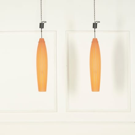 Pair of 1950s Murano Glass Pendant Lights by Vistosi and Designed by Alessandro Pianon LC579044