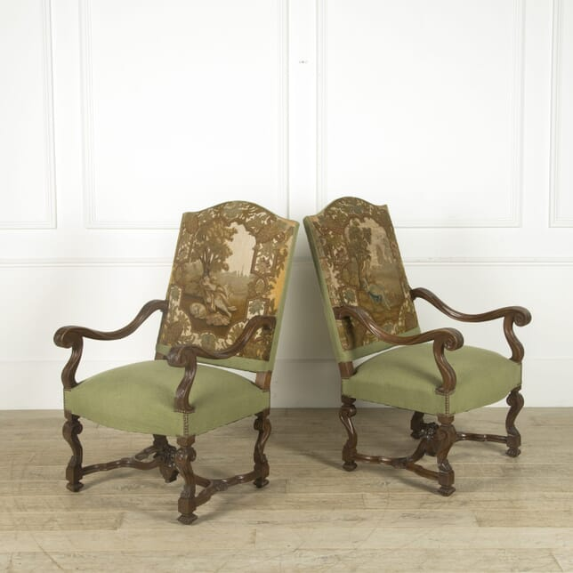 Pair of 19th Century Walnut Armchairs CH529795