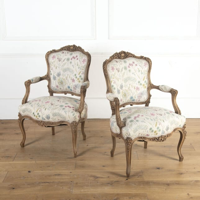 Pair of Bleached Walnut Armchairs CH8413921