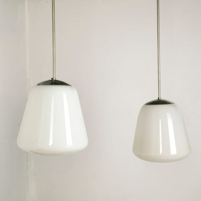Pair of French Art Deco Pendant Ceiling Lights LC7610862