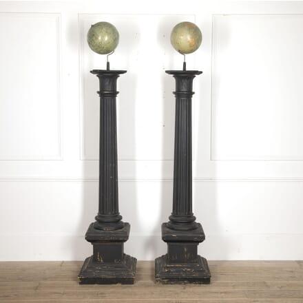 Pair of Globes on Columns DA3515511
