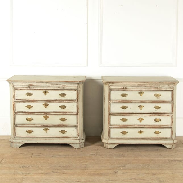 Pair of Late 19th Century English Chests of Drawers CC9211351