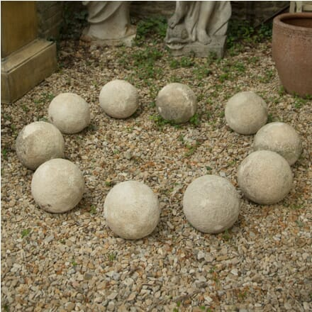 Set of 10 Limestone Spheres GA4210563