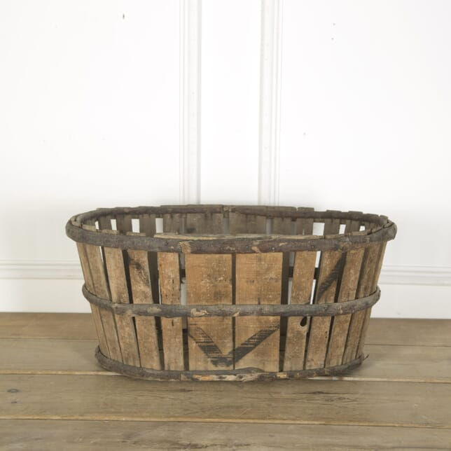 Rustic French Basket GA719837