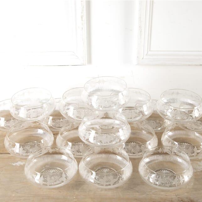 Set of 18 Superb Victorian Vine Etched Bowls DA5813534