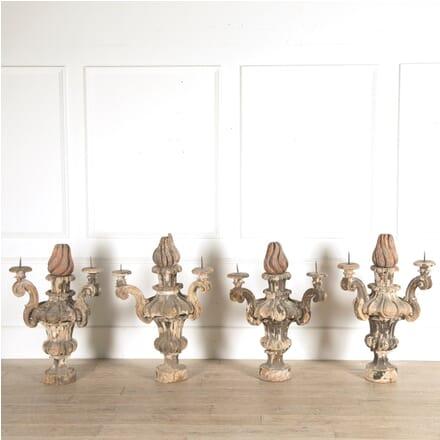 Set of 4 Wooden Candelabras DA129449