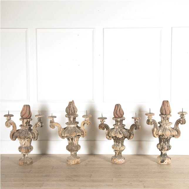 Set of 4 Wooden Candelabras DA129449