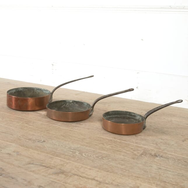 Set of Three Copper Pans DA5210446