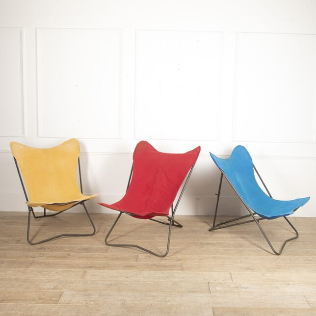 Set of Three Mid Century Butterfly Chairs GA2915881