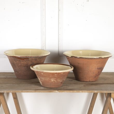 Set of Three Welsh Dairy Bowls DA8715818