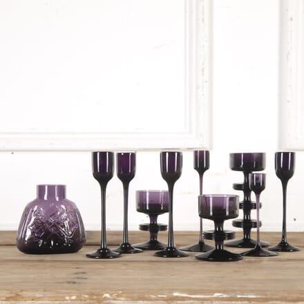 Set of Wedgwood Candlesticks and Vase DA5815481
