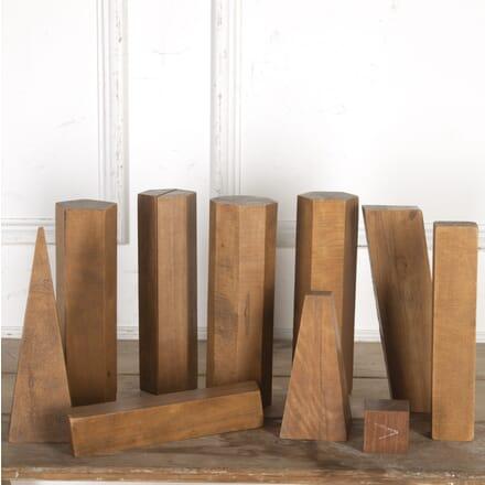 10 Geometric Wooden Artist's Shapes DA3616432