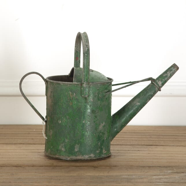Painted Watering Can GA2012065