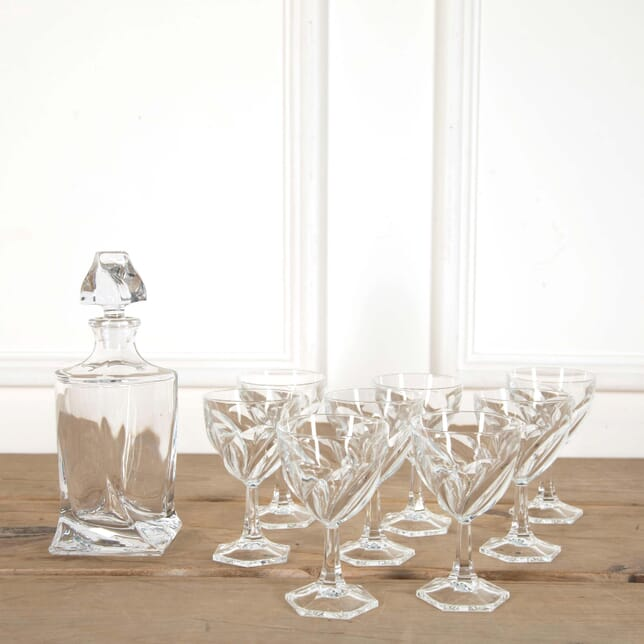 Large Spiral Crystal Wine Glasses and Decanter DA588622